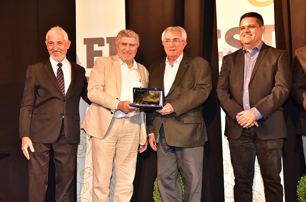 J.Macêdo é homenageada na Festpan 2019
